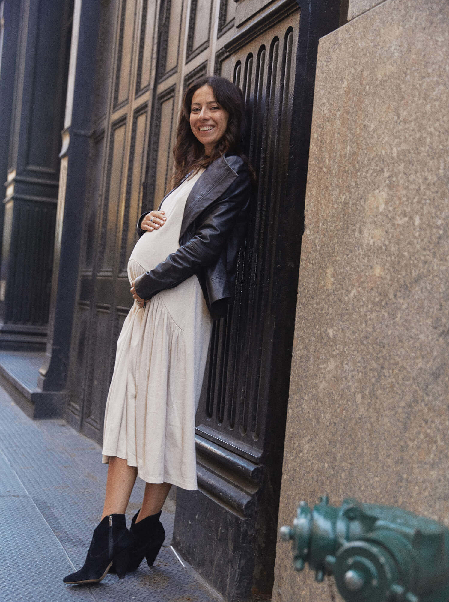 Pregnancy maternity style tips using your own wardrobe from Philadelphia NYC fashion blogger Tanya Kertsman